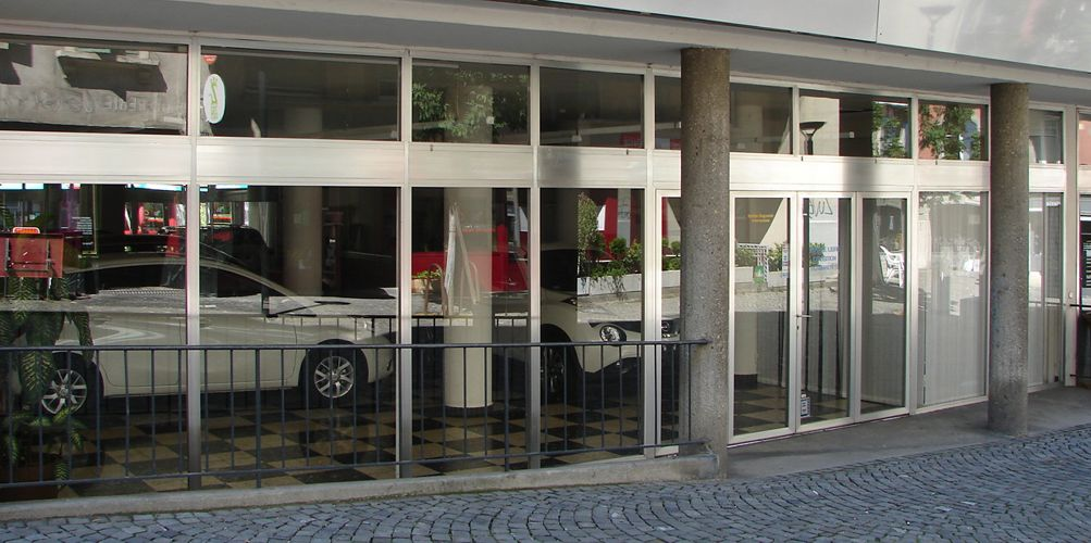 garage automar sa nissan lausanne 1005 lausanne auto2day. Black Bedroom Furniture Sets. Home Design Ideas