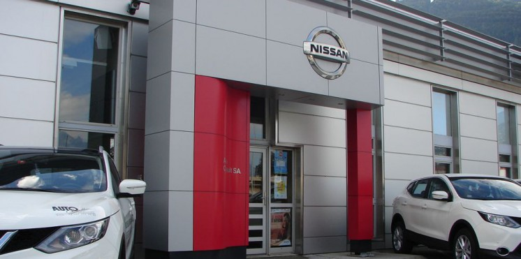 nissan sion
