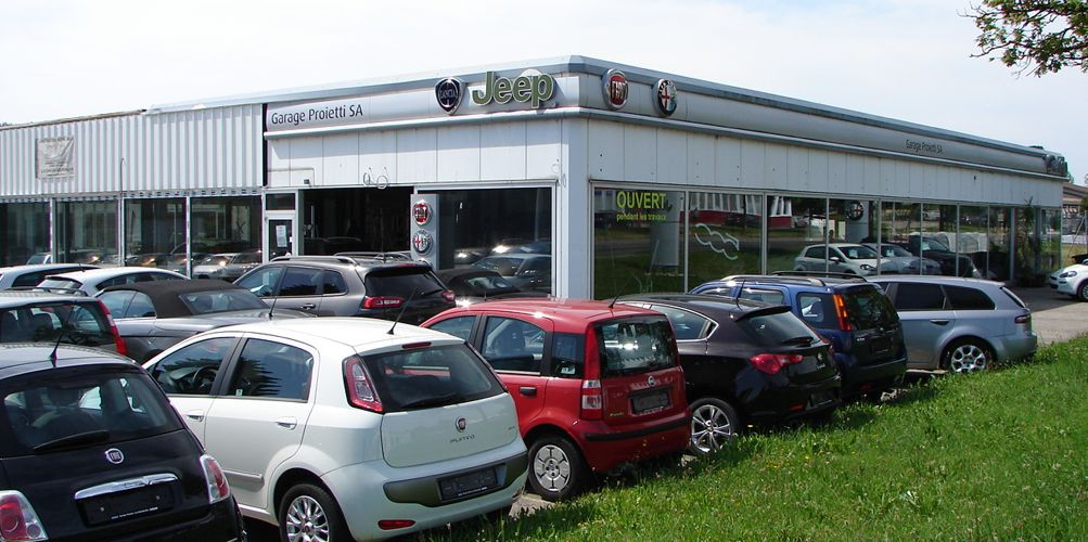 Garage voiture nous mettons aussi votre disposition un for Concevez votre propre garage en ligne