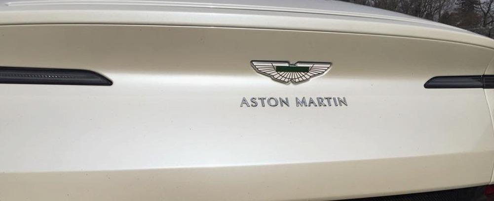 impression de conduite aston martin db11